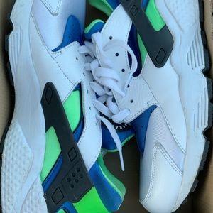 Nike huarache scream green 9/10 condition